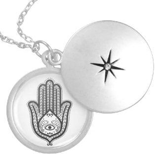 ファティマの手 シルバープレートネックレス