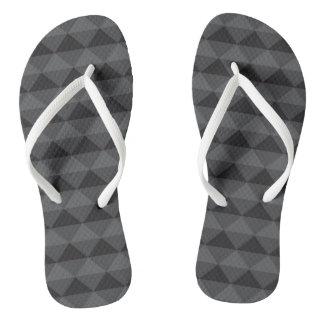 ファンキーでアステカなデザイン-黒か灰色 ビーチサンダル