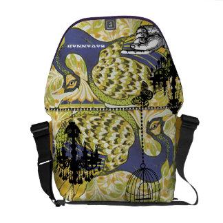 ファンキーで名前入りなシャンデリアの孔雀の鳥かご メッセンジャーバッグ