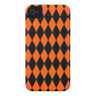 ファンキーなオレンジおよび黒ダイヤの道化師パターン Case-Mate iPhone 4 ケース
