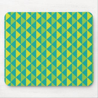 ファンキーなレトロのデザイン-緑 マウスパッド