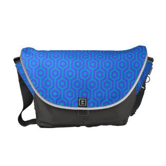 ファンキーなレトロの青および紫色の幾何学的なパターン クーリエバッグ
