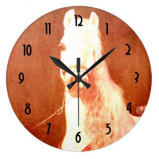 ファンシーで白いサーカスの子馬のヴィンテージのジプシーのスタイル ラージ壁時計
