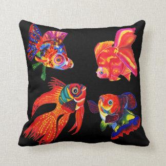 ファンシーな熱帯魚の装飾的な枕 クッション