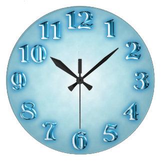 ファンシーな金属数と淡いブルー ラージ壁時計