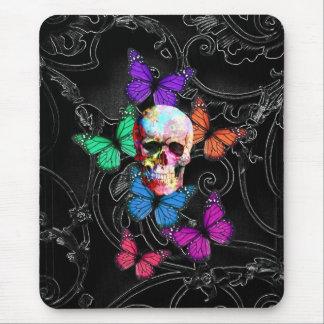 ファンタジーのスカルおよび着色された蝶 マウスパッド