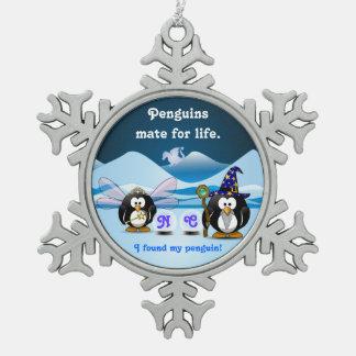 ファンタジーの氷河ペンギンの魔法使いの妖精のクリスタル・ボール スノーフレークピューターオーナメント