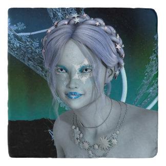 ファンタジーの雪の妖精 トリベット