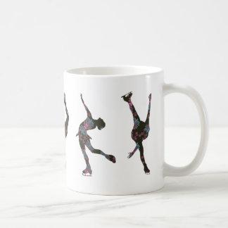 フィギュアスケート選手、ピンク、灰色パターン コーヒーマグカップ