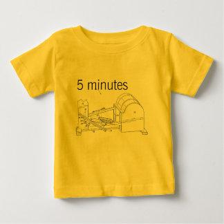 フィットネス機械 ベビーTシャツ