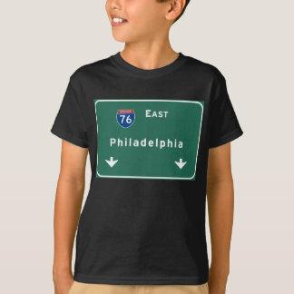 フィラデルヒィアpaの州間幹線道路の高速道路の道: tシャツ