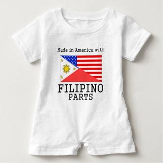 フィリピンの部品が付いているアメリカで作られる ベビーロンパース