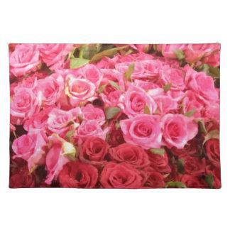 フィリピンの、ピンクおよび赤いバラの花 ランチョンマット