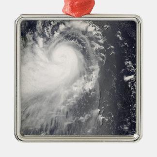 フィリピン島に近づく台風Nuri メタルオーナメント