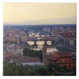 フィレンツェのアルノの川およびPonte Vecchio、 タイル