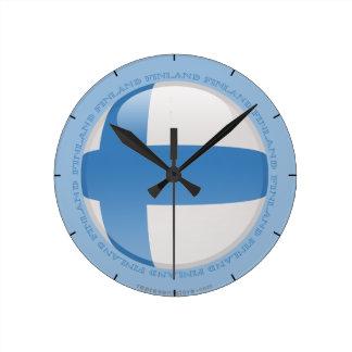 フィンランドの泡旗 ラウンド壁時計