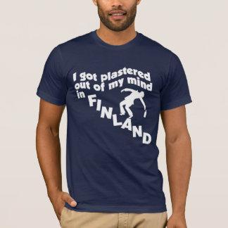 フィンランドのTシャツで塗られる Tシャツ