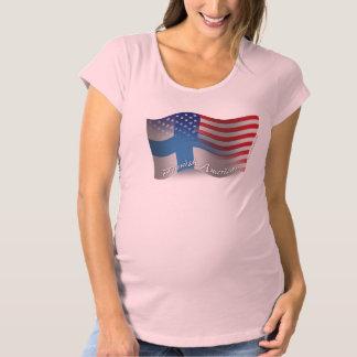 フィンランドアメリカの振る旗 マタニティTシャツ