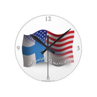 フィンランドアメリカの振る旗 ラウンド壁時計