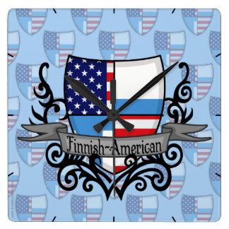 フィンランドアメリカの盾の旗 スクエア壁時計