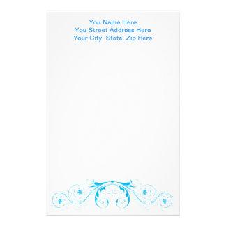 フェミニンでかわいらしい青の渦巻およびカール 便箋
