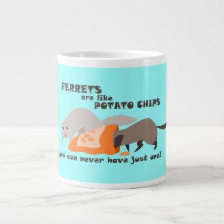 フェレットはポテトチップのマグのようです ジャンボコーヒーマグカップ