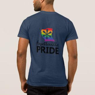 フェーエットビルのプライド=進歩の小型のティー Tシャツ