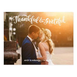 フォトカードのサンキューカードを結婚する結婚式の郵便はがき 葉書き