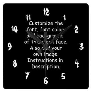 フォント、フォント色、背景、イメージをカスタマイズ スクエア壁時計