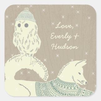 フクロウのキツネによって編まれる帽子およびセーターの星余りに スクエアシール