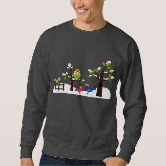 フクロウのフクロウの鳥の冬の雪のかわいい木の漫画 スウェットシャツ