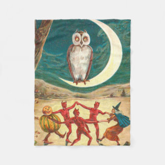 フクロウの三日月形の月の魔法使いの鬼の創造物 フリースブランケット