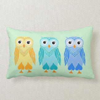 フクロウの枕: かわいいフクロウ ランバークッション