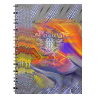 フクロウの浮遊残りのバランスの芸術のめい想 ノートブック