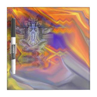フクロウの浮遊残りのバランスの芸術のめい想 ホワイトボード