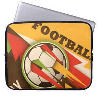 フットボールのサッカーのスポーツの球 ラップトップスリーブ