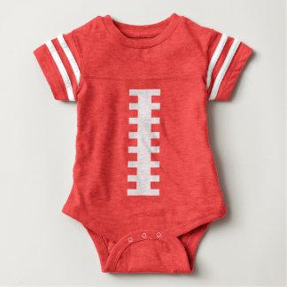 フットボールのベビー赤い及び白|の前部フットボールのデザイン ベビーボディスーツ