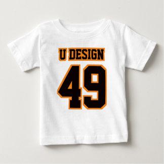 フットボールのCrewneckの前部白く黒いオレンジティー ベビーTシャツ