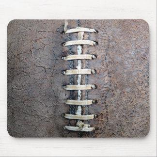 フットボールは垂直をひもでつなぎます マウスパッド