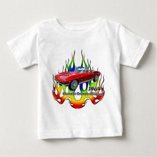 フラクタルのティーによる1964年のコルベット (TM) ベビーTシャツ