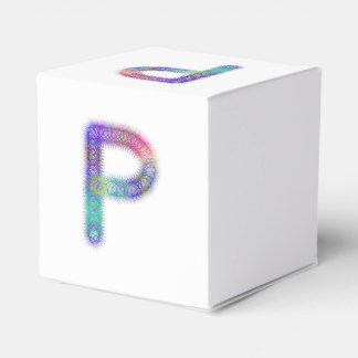 フラクタルの手紙Pのモノグラム フェイバーボックス