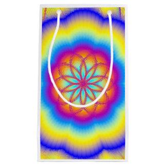 フラクタルの花の虹の曼荼羅のギフトバッグ スモールペーパーバッグ