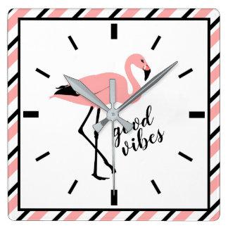 フラミンゴのよい感情のピンクの黒い正方形の柱時計 スクエア壁時計