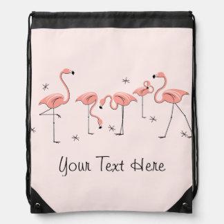 フラミンゴはグループの「文字」のドローストリングのバックパックを飾ります ナップサック