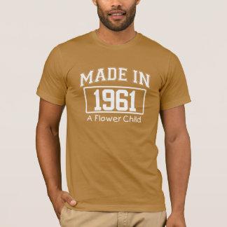 フラワーチャイルドの誕生日のティーを1961年に作られる Tシャツ