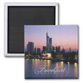 フランクフォートドイツの夜の写真の記念品の磁石 マグネット