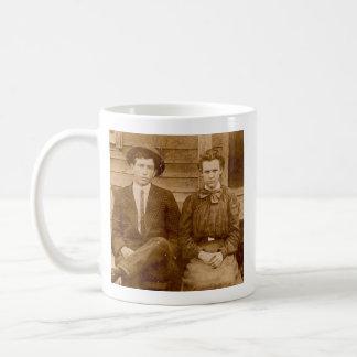 フランク/真珠のマグ コーヒーマグカップ