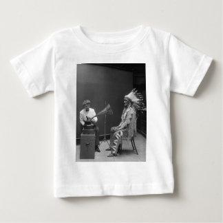フランシスDensmoreの録音のブラックフット族の責任者 ベビーTシャツ