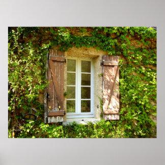 フランスのな農家の窓及びシャッターポスター ポスター
