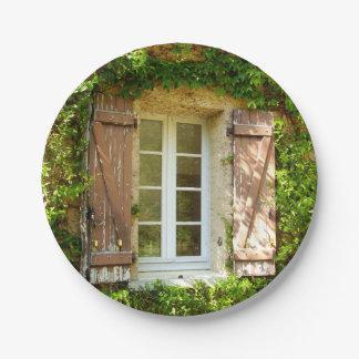 フランスのな農家の窓及びシャッター紙皿 ペーパープレート